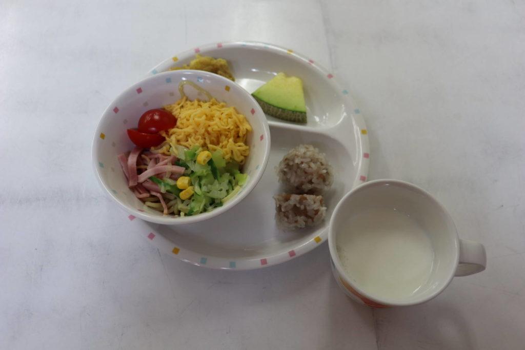 給食☆午後の様子 (長)