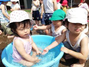 水遊びは気持ち良いよ!(福田)