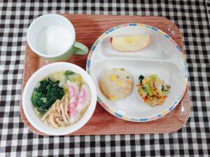 今日の給食:函館ラーメン(本園)
