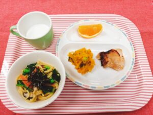 今日の給食:和風スパゲティ(本園)