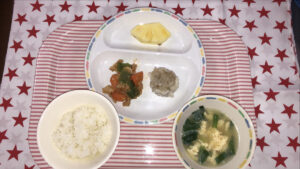 今日の給食: 酢豚風(本園)