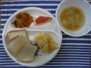 今日の給食:鶏肉のチーズピカタ(あおば)