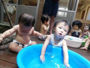 水遊びの様子&○○の裏側紹介(横田)